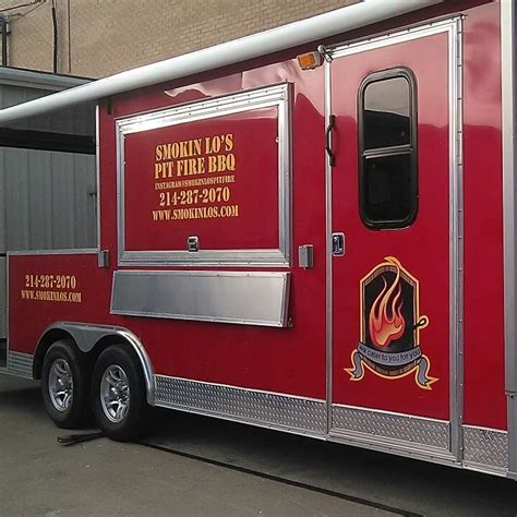 food trucks and pits smokin lo s pit bbq dallas food trucks roaming hunger