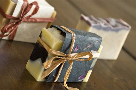 Most Popular Handmade Soap - scents of tobago free recipe chocolate mint swirl soap