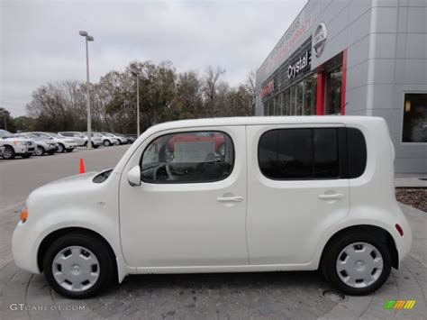 cube cars white pearl white 2012 nissan cube 1 8 s exterior photo