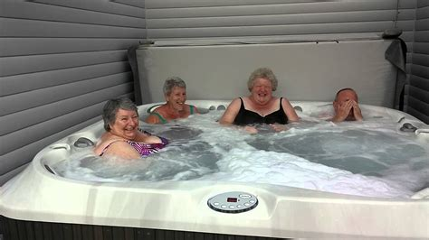 swing ers tub