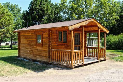 casas peque as de madera casas peque 241 as de madera casas de madera lecidef
