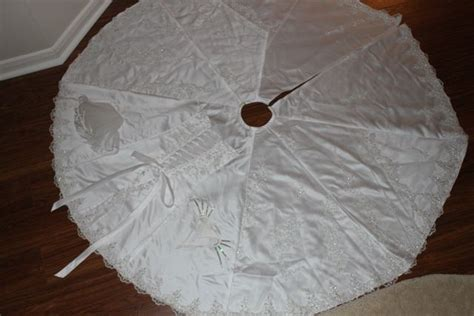 wedding dress into christmas tree skirt craft decorating