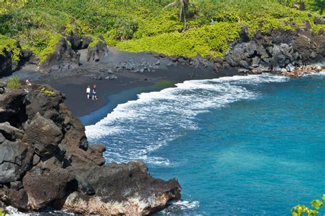 file black sand beach in v 237 k 237 m 253 rdal iceland jpg 10 things you didn t know about hawaii travel associates