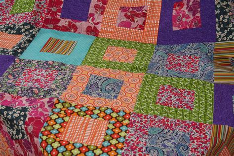 Patchwork Coverlet - square in a square patchwork quilt beginners to intermediate