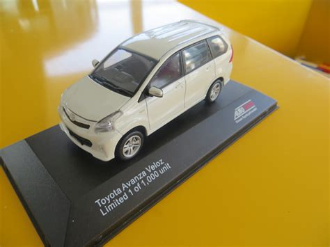 Jual Miniatur by Jual Original Miniatur Toyota Aneka Model