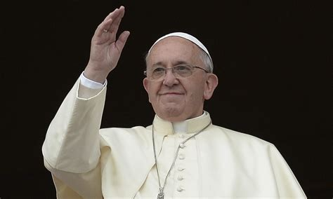 pope francis pope addresses first christmas message to those hoping for better world world news the guardian