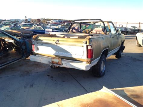 4wd Dodge Charger 1974 Dodge Ram Charger 1 2 4wd 74dt1081 Desert Valley
