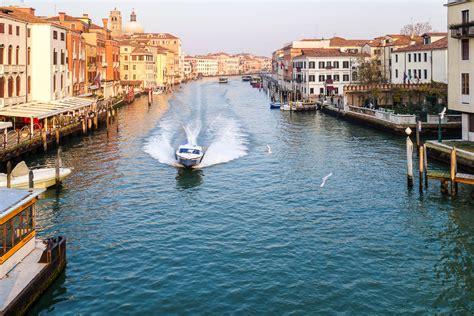 speed boat venice dead season best season nota bene eugene kaspersky s
