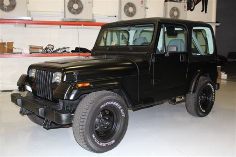 jeep wrangler 2 door hardtop black 1990 jeep wrangler base sport utility 2 door 4 2l black