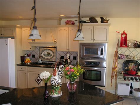 Good American Home Furniture Baton Rouge #5: Beautiful-rooster-decor-and-black-marble-kitchen-sink-with-nice-pendant-lamp.jpg