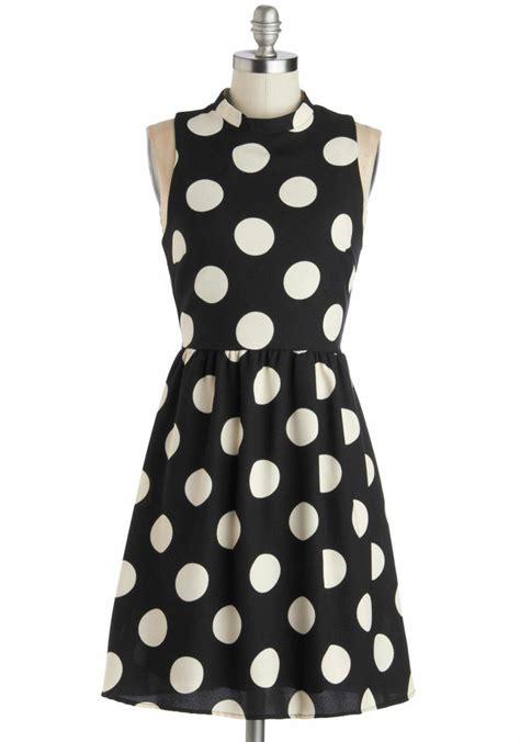 Dress W5796uzi D Black White spotted downtown dress