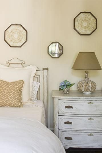 vintage bedroom color schemes 1000 ideas about off white bedrooms on pinterest
