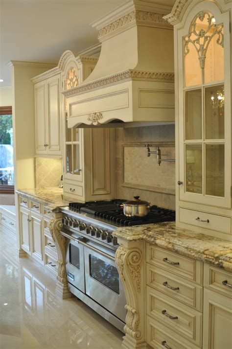ornate kitchen cabinets omg love this french creamy white kitchen is