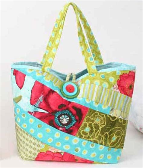 Easy Patchwork Bag Patterns - scrappy bag free sewing pattern