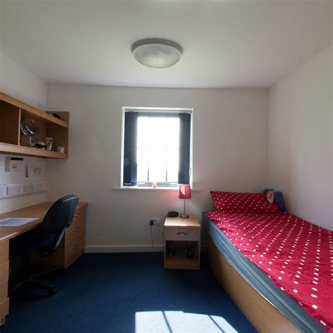 one bedroom apartment nottingham brackenhurst ensuite nottingham trent university