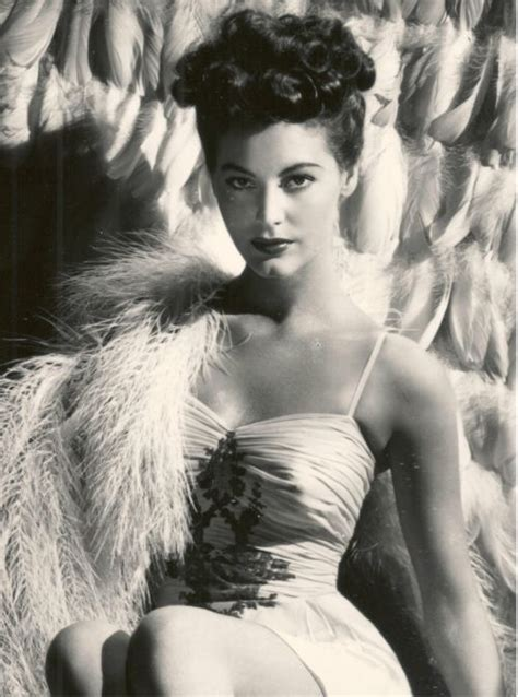 most beautiful classic actresses of all time 494 best ava gardner images on pinterest classic