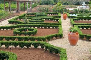 What Is A Formal Garden - formal garden style