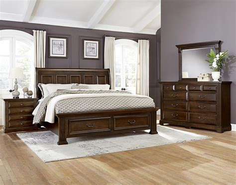 Bassett King Bedroom Sets by Vaughan Bassett Woodlands King Bedroom Olinde S