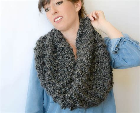 cowl knitting patterns eiffel cowl beginner knitting pattern in a