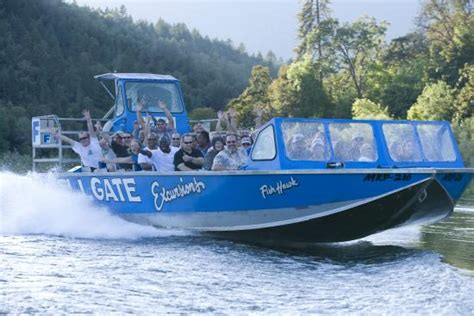 rogue river jet boat excursions hellgate jetboat picture of hellgate jetboat excursions