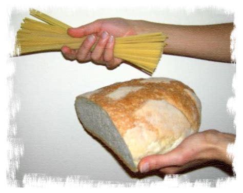pacco alimentare distribuzione pacchi alimentari comune di fauglia
