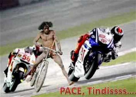 pembalap dari wamena papua gambar lucu