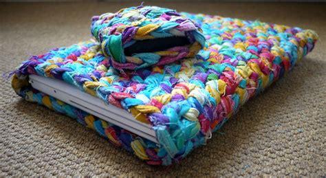 cv design viveka slama crochet laptop case viveka thakker