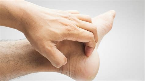 11 causes behind itching in hands and feet md health com