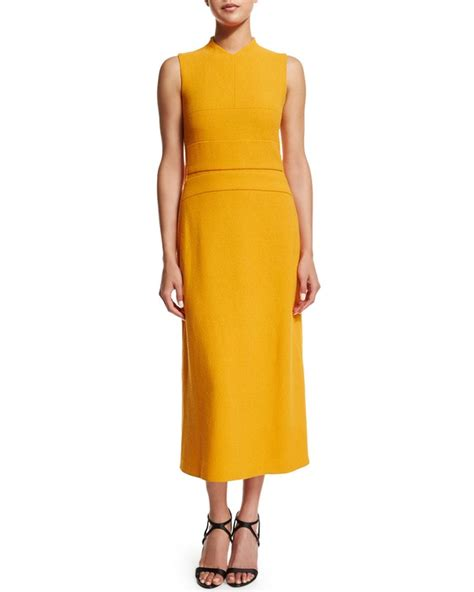 michelle obama yellow michelle obama s sotu dress instantly sells out the source