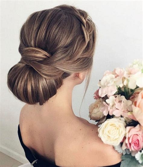 wedding updos that lays flat intertwined with jems 35 beautiful diy hairstyles for long hair you can try now