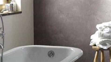 agréable Revetement Mural Pour Salle De Bain Humide #2: quel-revetement-pour-la-salle-de-bains_4559668.jpg