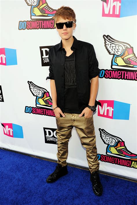 what is justin bieber s style of clothes justin bieber purpose justin bieber style evolution