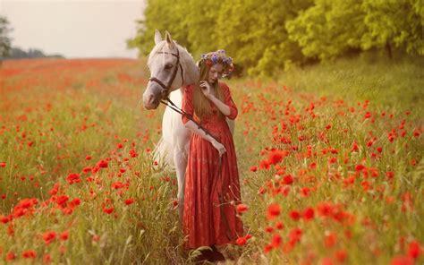 animali con fiori sfondi animali donne all aperto fiori natura rosso