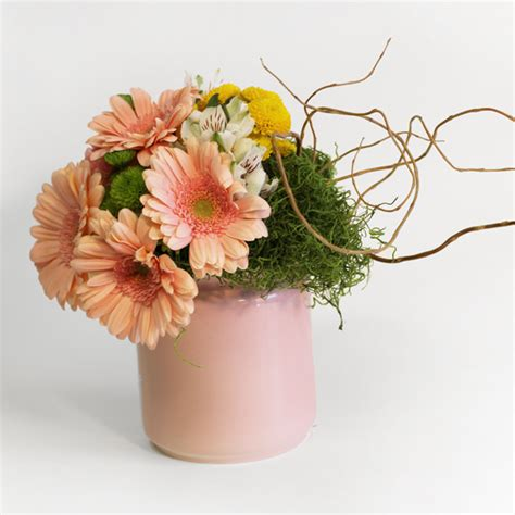 flower arranging for beginners 101 flower arrangement tips tricks ideas for beginners