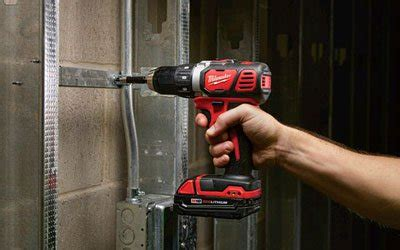 free shipping — milwaukee m18 jobsite radio/charger, model