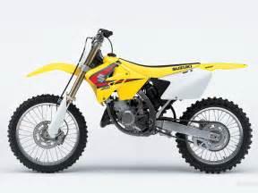 Suzuki 125 Rm Suzuki Rm125 1024 X 768 Wallpaper