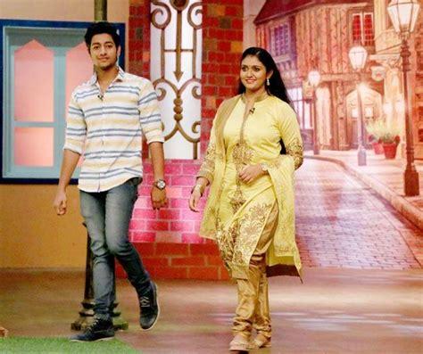 rinku rajguru and akash thosar the young actors of sairat worldnews the kapil sharma show meet the cast of this blockbuster