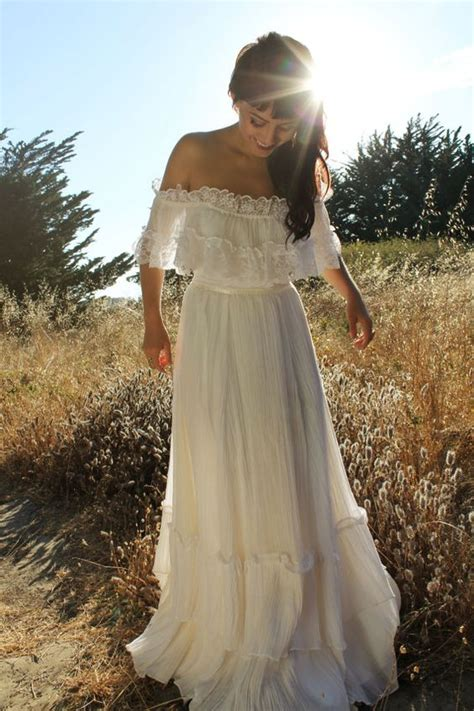 Antique Wedding Dresses by Vintage Wedding Dresses Chwv