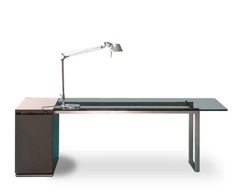 scrivania ufficio vetro scrivania per ufficio direzionale piano in vetro