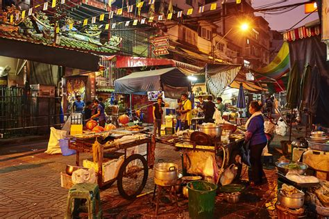 bangkok new year shops open bangkok s food is here to stay after ban on
