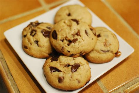 eat everyday chocolate chip cookies v alton brown