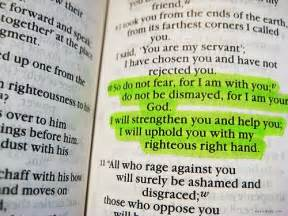 Comforting Words For Anxiety 33 Verses About Fear And Anxiety To Remind Us God Is In