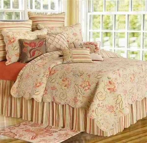 Oversized Quilts by C F 898728686 Oversized Quilt Ronaldo Luxury Vintage Garden Style Bed At