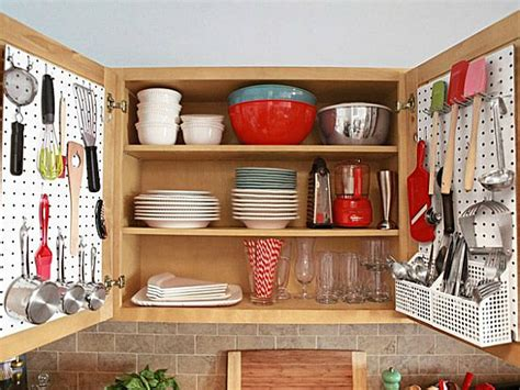 How To Organize A Small Kitchen by Ideas For Organizing A Small Kitchen