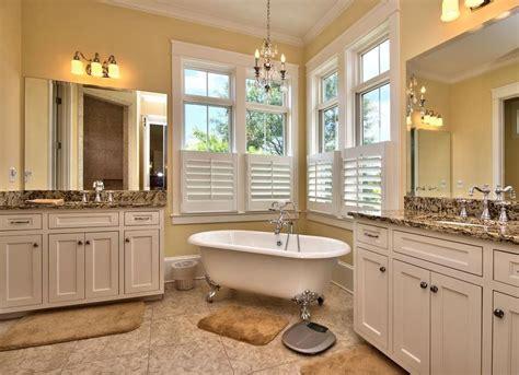 clawfoot tub  bathroom vintage bathroom ideas