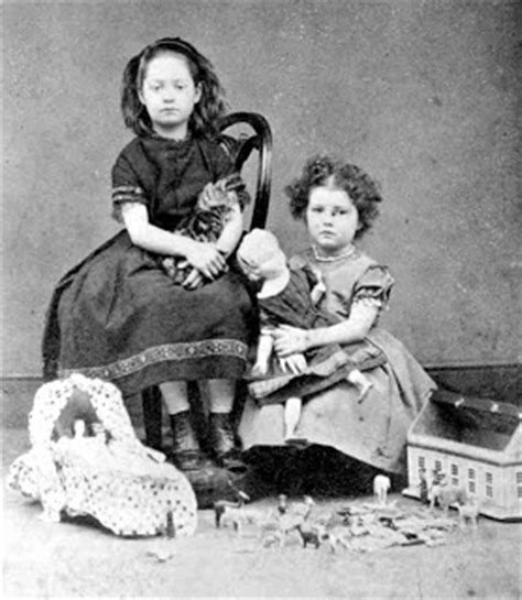 victorian children in victorian times and how they lived