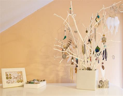 schlafzimmer ideen jewelry displays sincerely yours