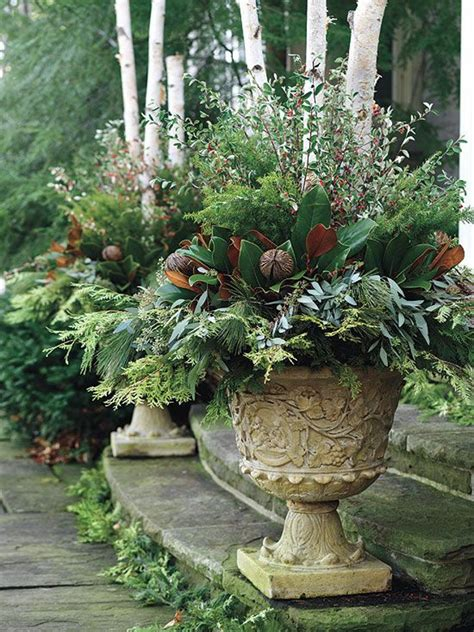 christmas decorating huge stone urns in front of entrance decorating ideas home bunch interior design ideas