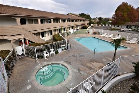 Premier Inn Places To Stay In Arroyo Grande Hotels House Inn Pismo