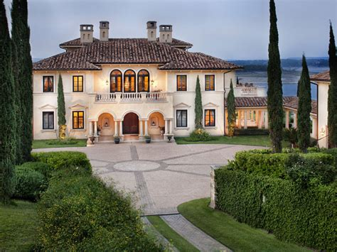 italian style estate in for sale extravaganzi